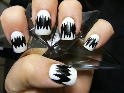 black,,,white,nails,nails,art,nails,design-1c31bd1cb2cfad5ef0bfe40ef54a6b46_h