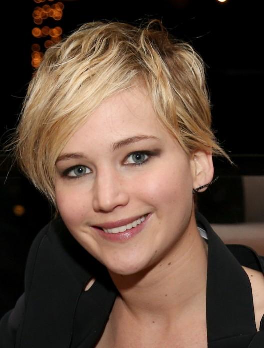 Jennifer-Lawrence-new-pixie-short-hair-cut-1